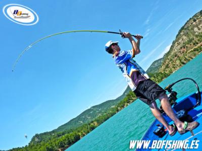 estrategias-para-pescar-peces-suspendidos